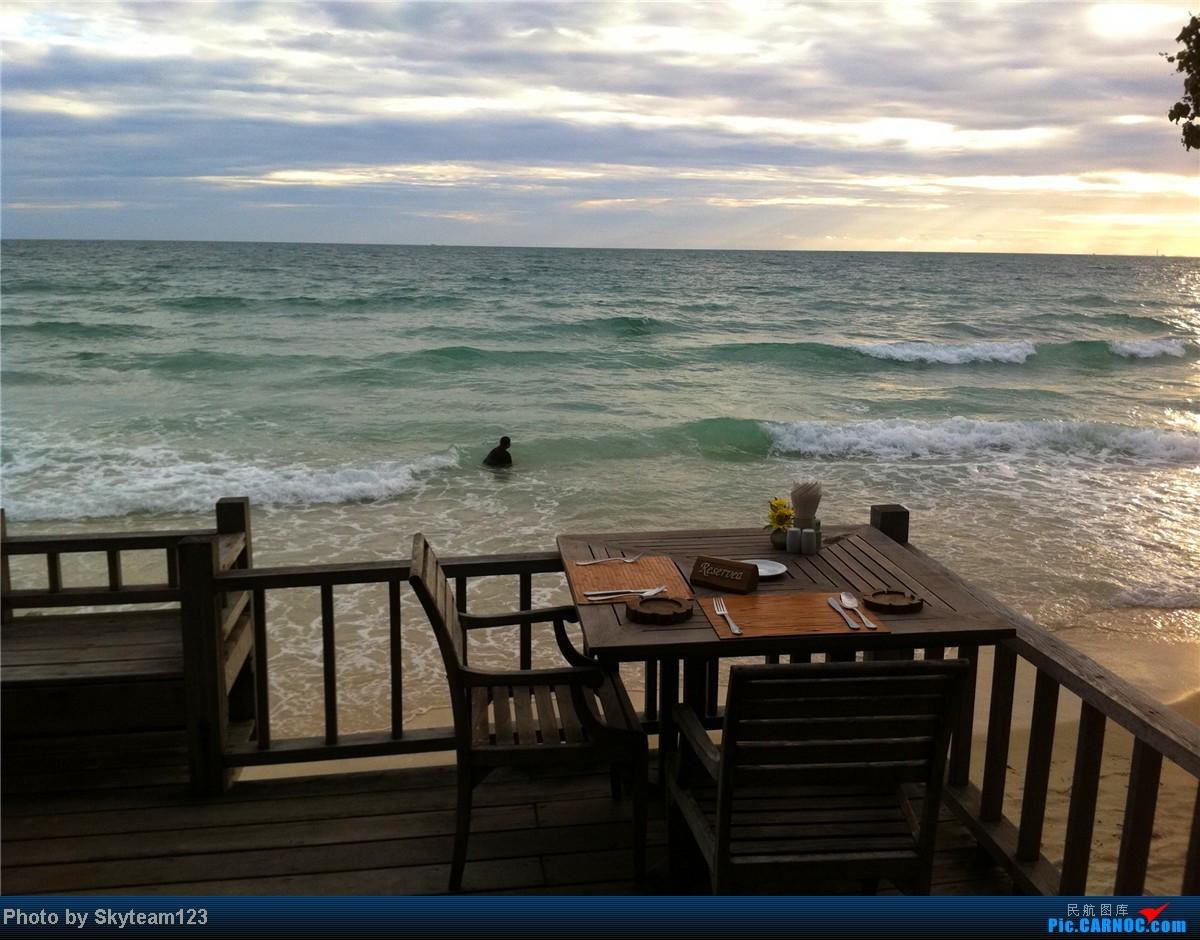 吹着沙美岛的海风,在海鲜大餐的袅袅炊烟中欣赏日落的美丽,坐在海边的