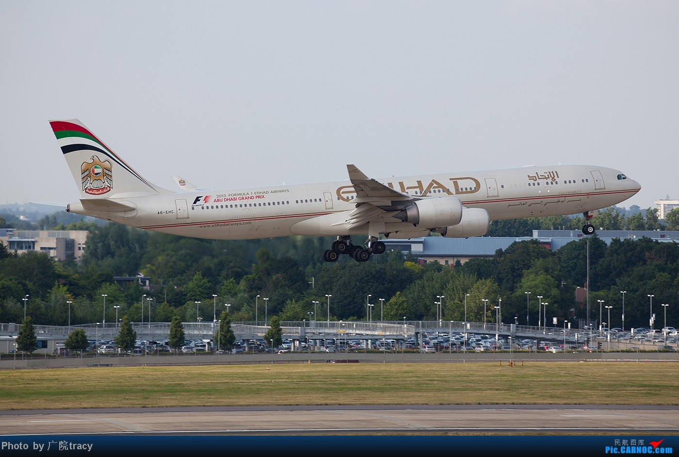 Re:[原创]★ ★ ★ ★ ★中东的航空公司在伦敦希斯罗国际机场  ★ ★ ★ ★ ★ AIRBUS A340-500 A6-EHC 英国伦敦希思罗机场