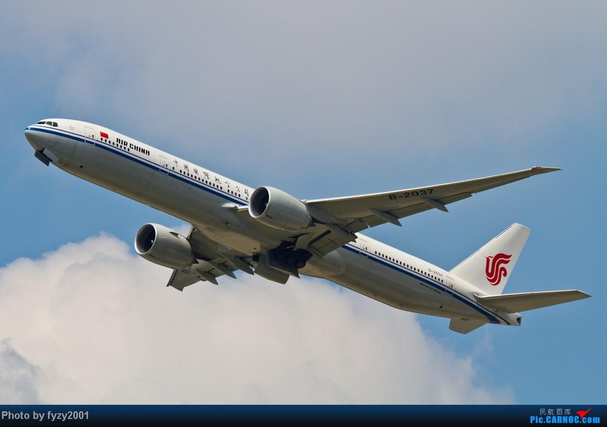 Re:[原创][无锡西站]蓝天白云,SHA半日游(各种起飞,各种穿) BOEING 777-300 B-2037 中国上海虹桥机场