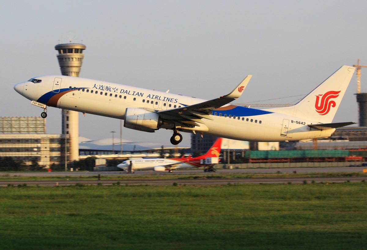 Re:[原创]似乎一年没拍飞机 BOEING 737-800 B-5642 中国南京禄口机场