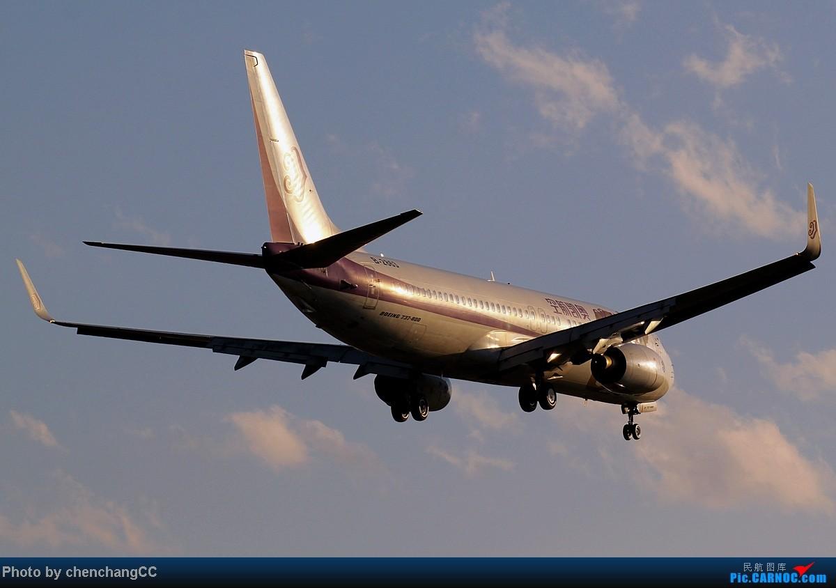 Re:[原创]【chenchangCC】冒个泡,发几张图! BOEING 737-800 B-2863 中国昆明巫家坝机场