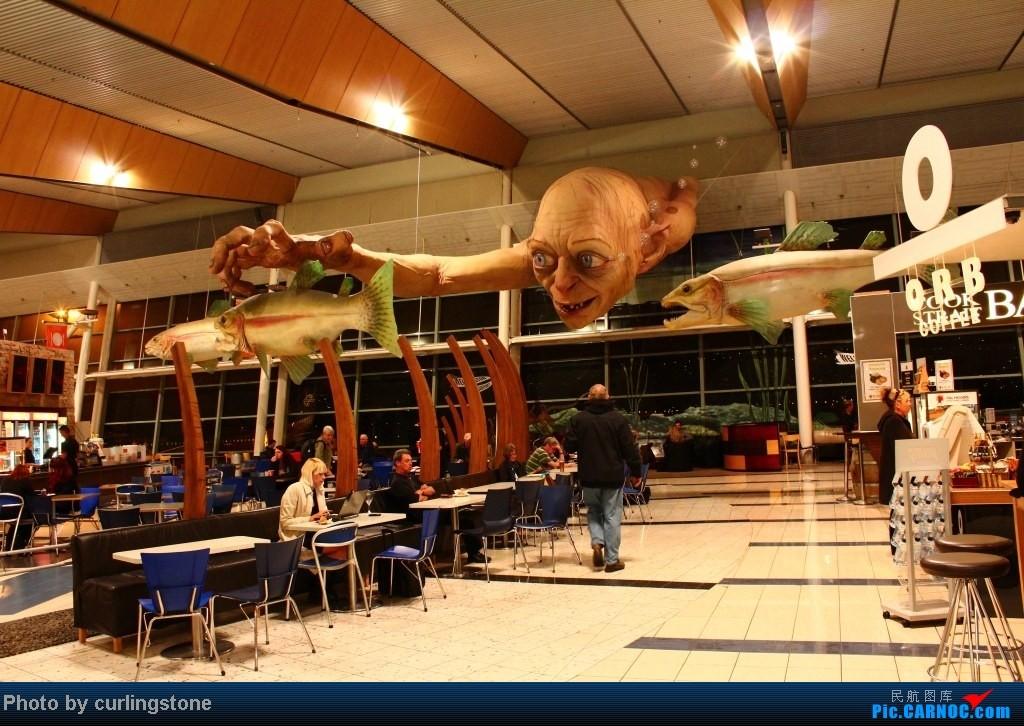 """Re:[原创]【长春飞友会】(我就不说这次出门的重点是体验纽国国铁)纽铁进京与小King会合 + 纽航""""暗夜骑士""""返奥 + 奥大你的节操掉了    新西兰惠灵顿机场"""