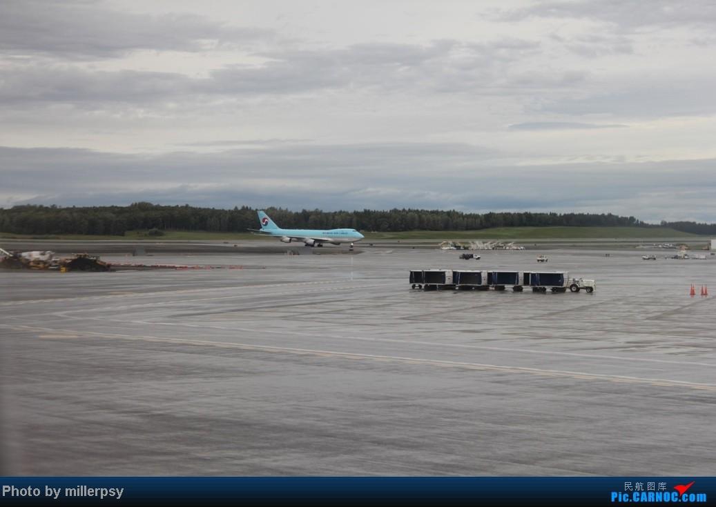 Re:[原创]阿拉斯加之旅,雪山,房车,头等舱   美国泰德·史蒂文斯安克雷奇机场