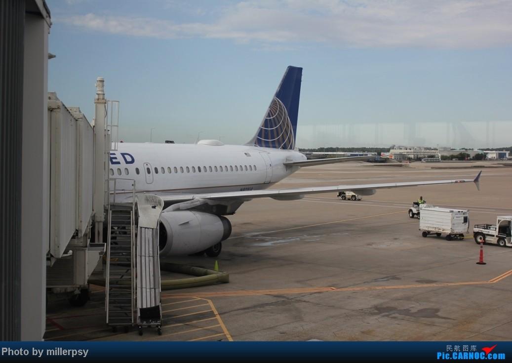 Re:[原创]阿拉斯加之旅,雪山,房车,头等舱 AIRBUS A319 N821UA 美国休斯敦机场