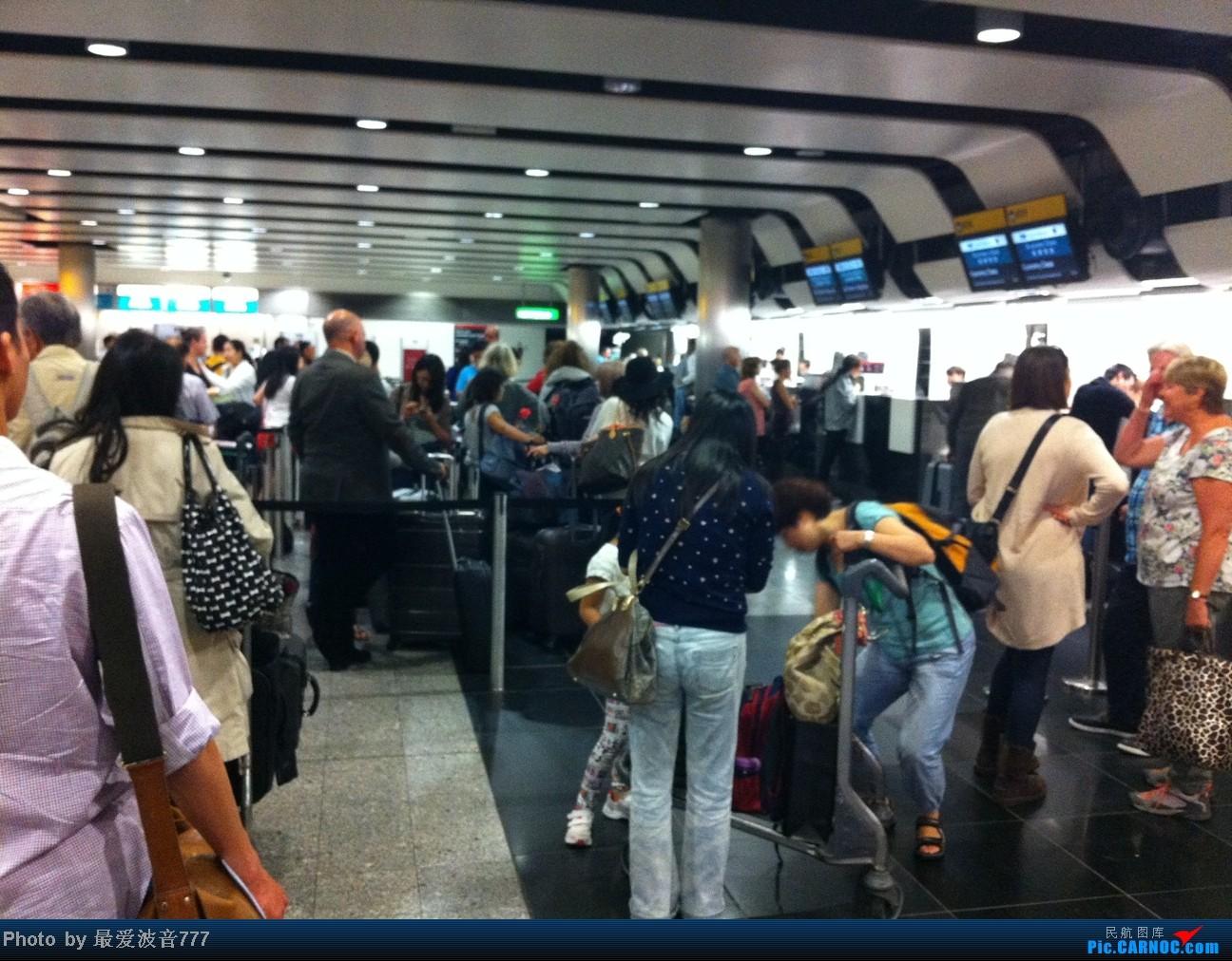 Re:[原创]假期的回国往返之旅 LHR-HKG-CTU-HKG-LHR, CX+CA+KA联合运营 BOEING 777-300 B-KPM 英国伦敦希思罗机场 英国伦敦希思罗机场