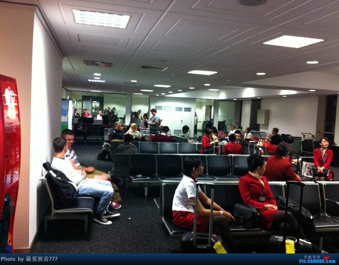 Re:[原创]假期的回国往返之旅 LHR-HKG-CTU-HKG-LHR, CX+CA+KA联合运营    英国伦敦希思罗机场