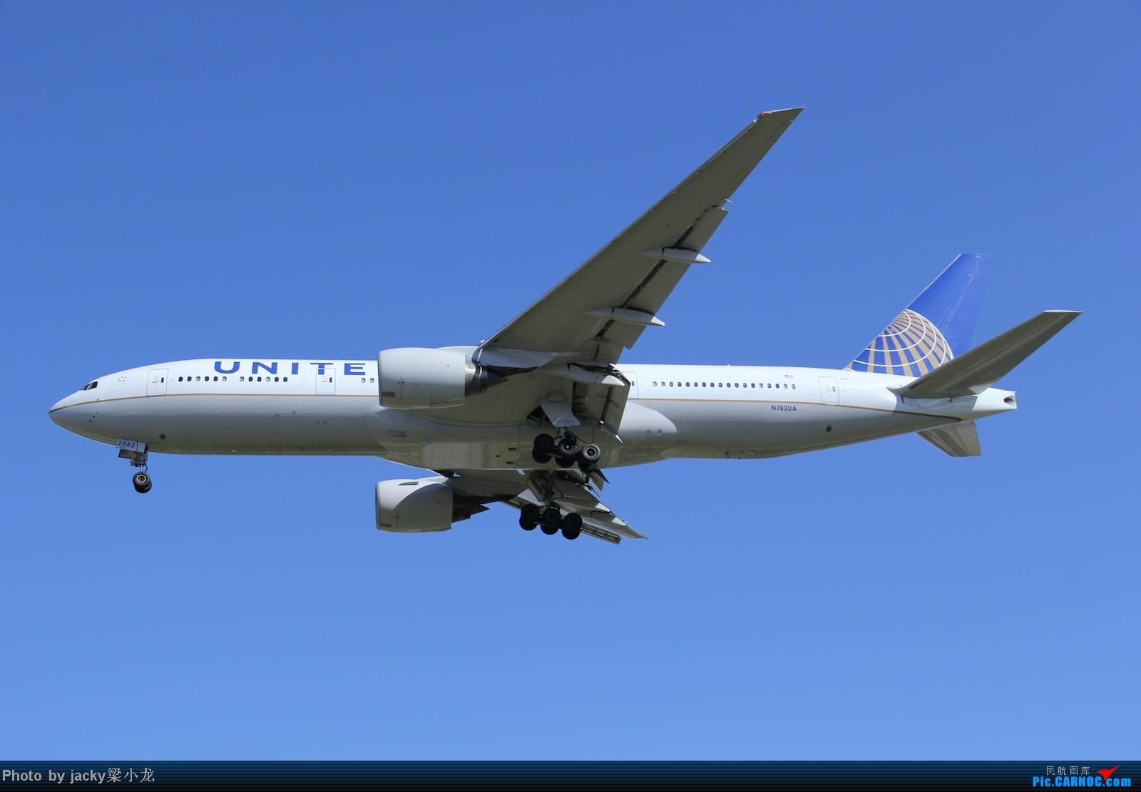 Re:[原创]帝都01跑道宽体一组 BOEING 777-200 N782UA 中国北京首都机场