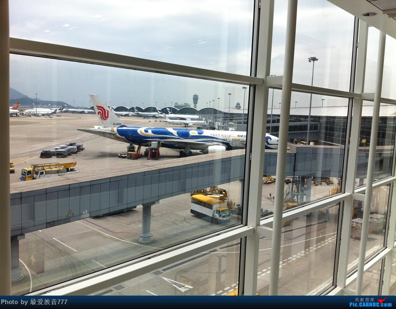 Re:[原创]假期的回国往返之旅 LHR-HKG-CTU-HKG-LHR, CX+CA+KA联合运营 BOEING 777-200 B-2059 中国香港赤鱲角国际机场