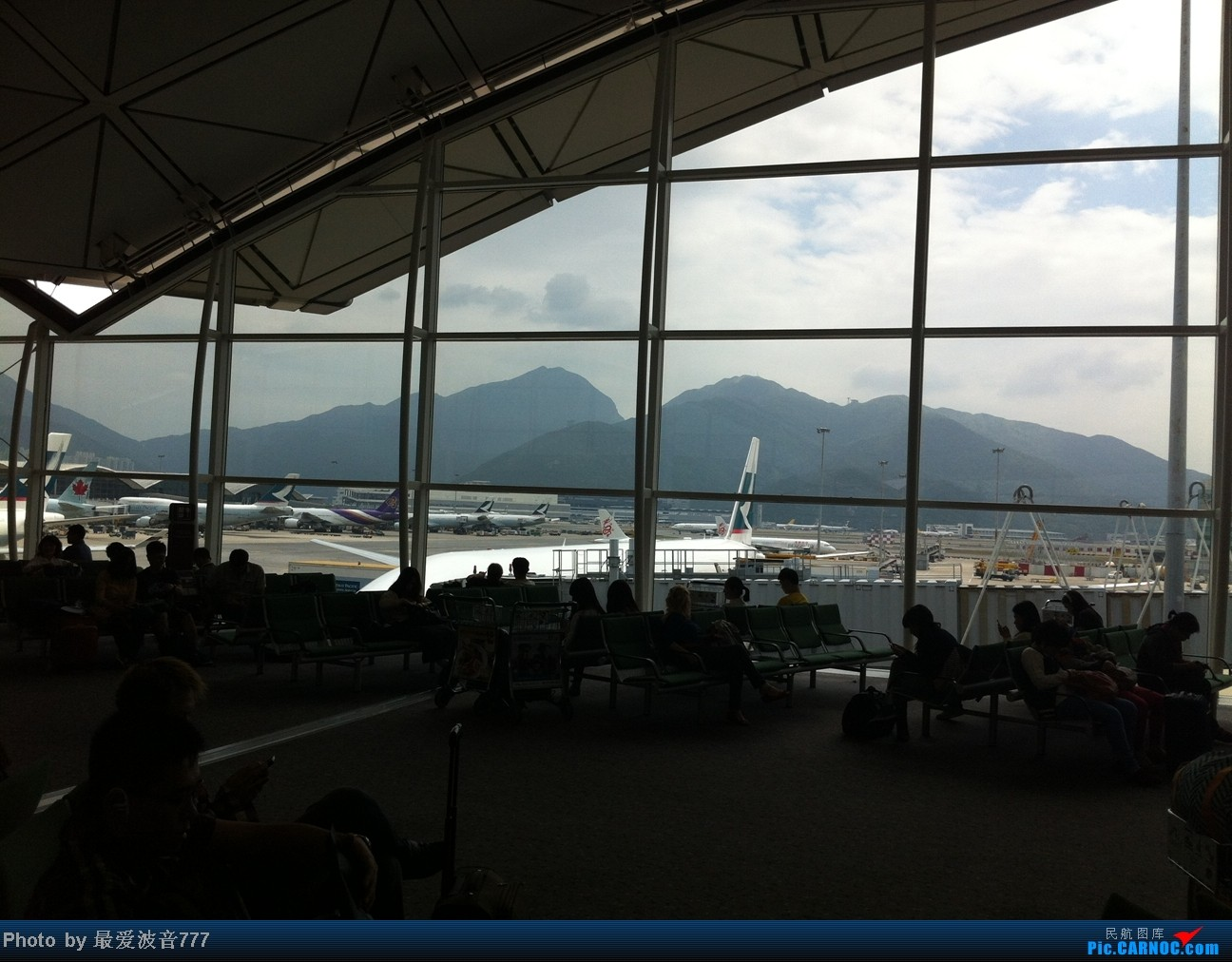 Re:[原创]假期的回国往返之旅 LHR-HKG-CTU-HKG-LHR, CX+CA+KA联合运营    中国香港赤鱲角国际机场