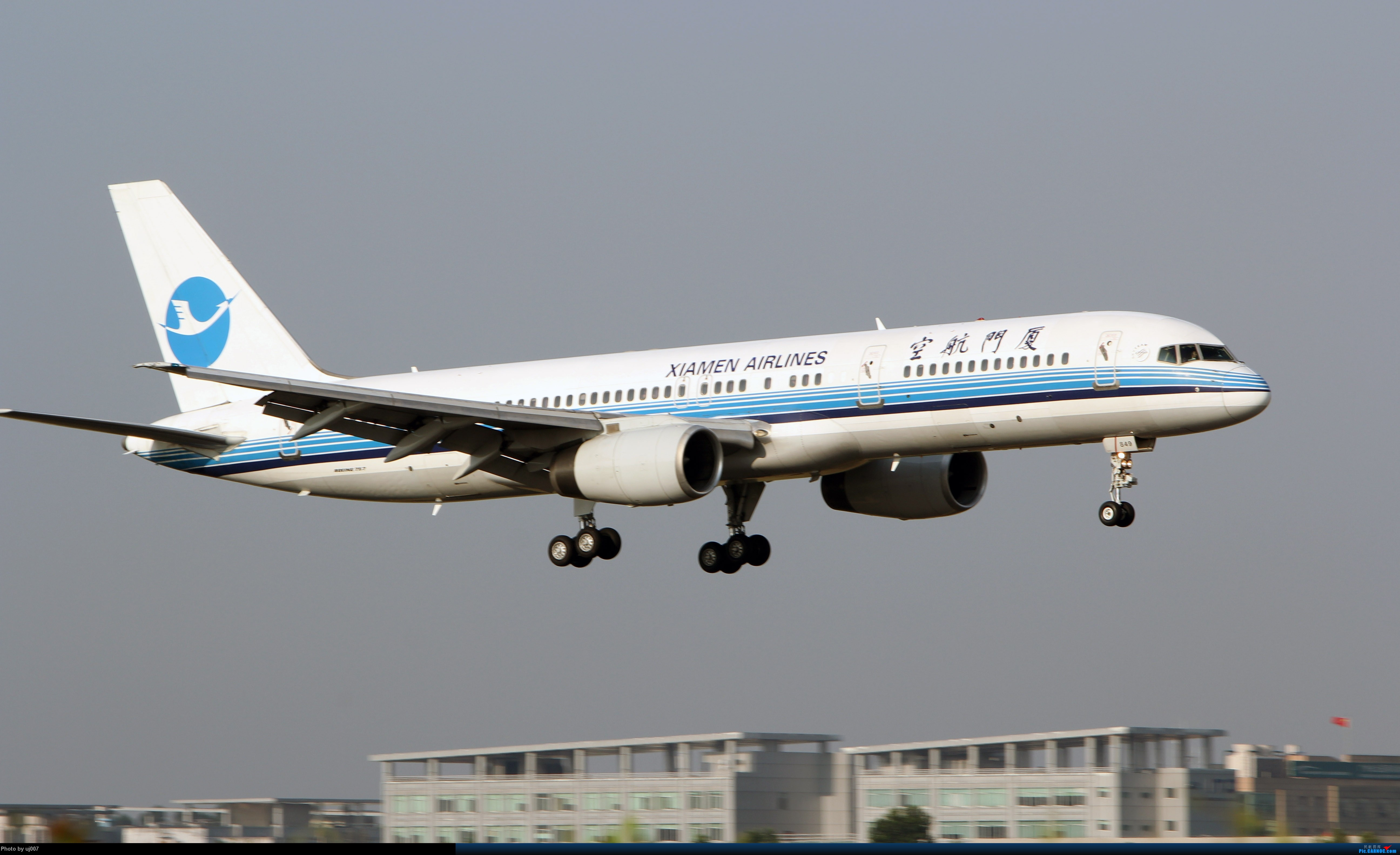 Re:[原创]10月2日白云拍机(大飞机,特别妆,外航,闪灯,擦烟)求指点. BOEING 757-200 B-2849 广州白云国际机场