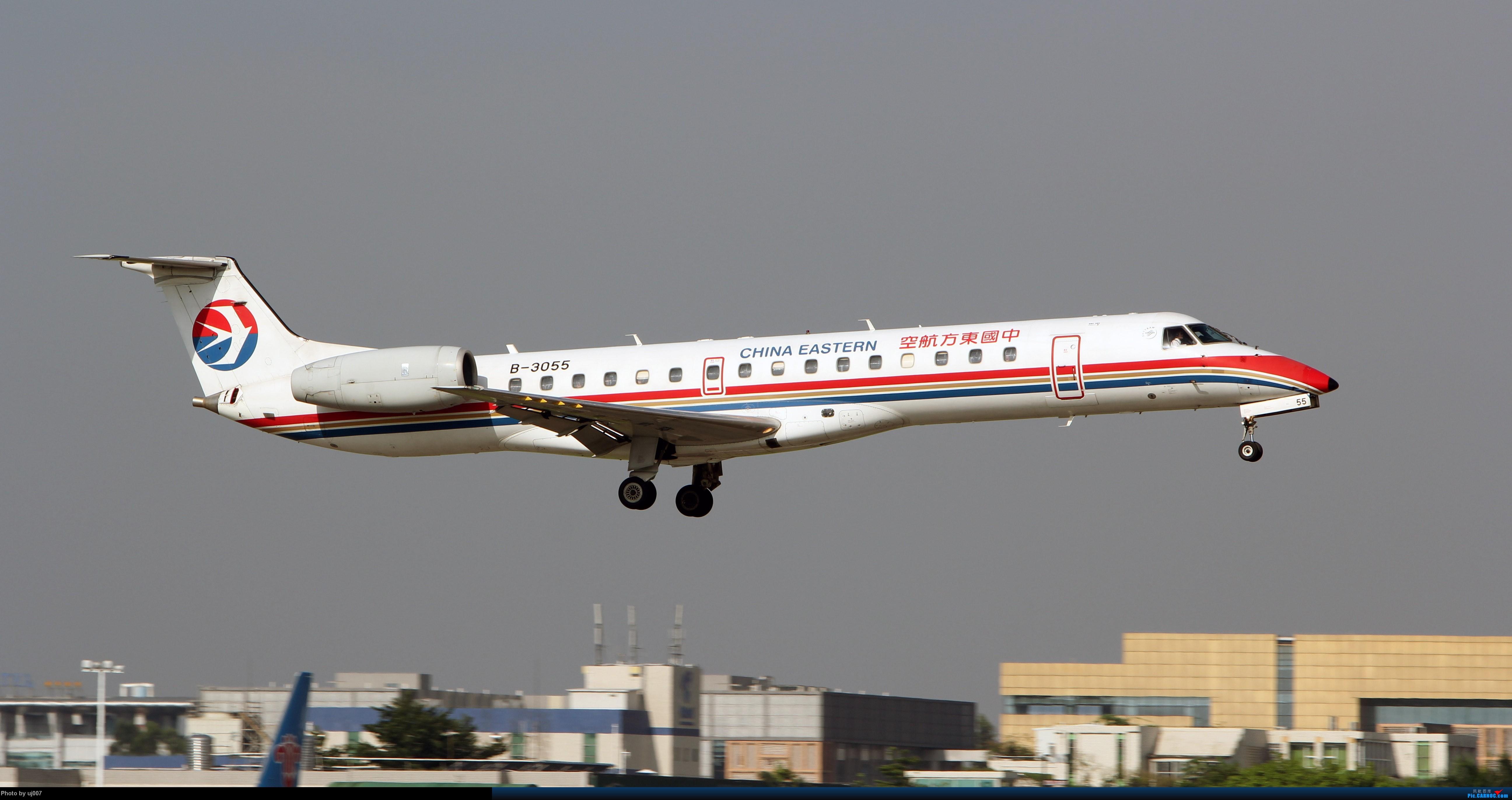 Re:[原创]10月2日白云拍机(大飞机,特别妆,外航,闪灯,擦烟)求指点. EMBRAER ERJ-145 B-3055 广州白云国际机场