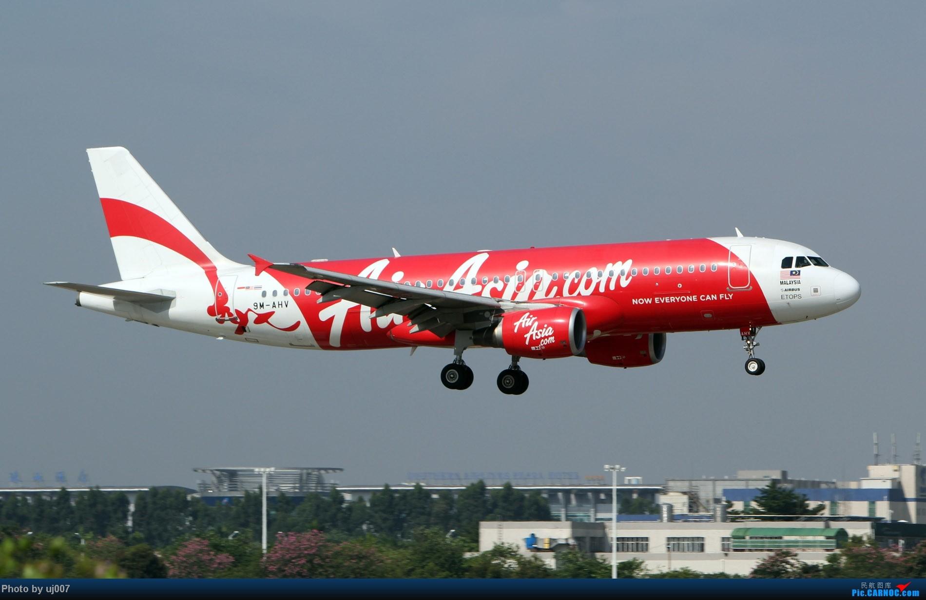 Re:[原创]10月2日白云拍机(大飞机,特别妆,外航,闪灯,擦烟)求指点. AIRBUS A320-200 9M-AHV 广州白云国际机场