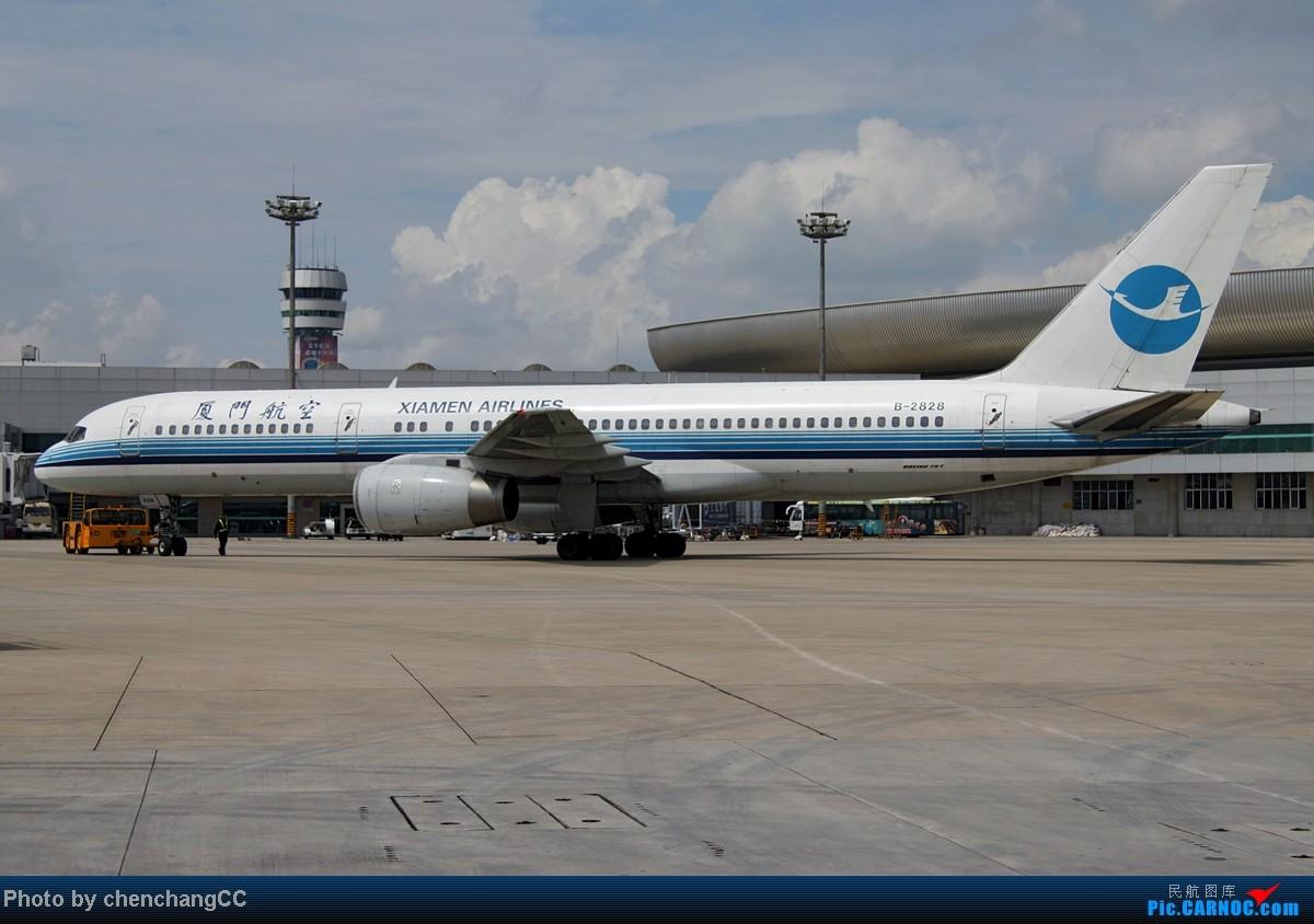 Re:[原创]【chenchangCC】来点特别的,某内场杂拍几张! BOEING 757-200 B-2828 中国昆明巫家坝机场