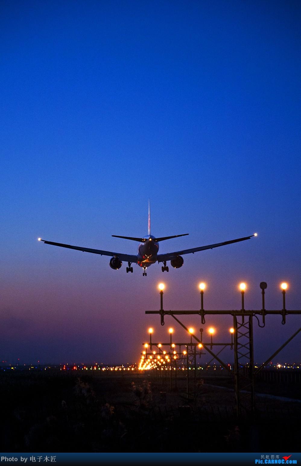 Re:[原创]估计这几个月天津能拍机的机会将非常稀少。。。 BOEING 777-300 B-2035 中国天津滨海机场
