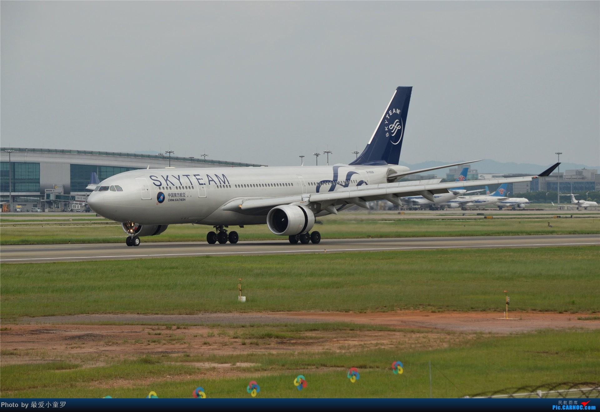 Re:[原创]2013年中秋节CAN拍机(都是些普通货) AIRBUS A330-200 B-6528 中国广州白云机场