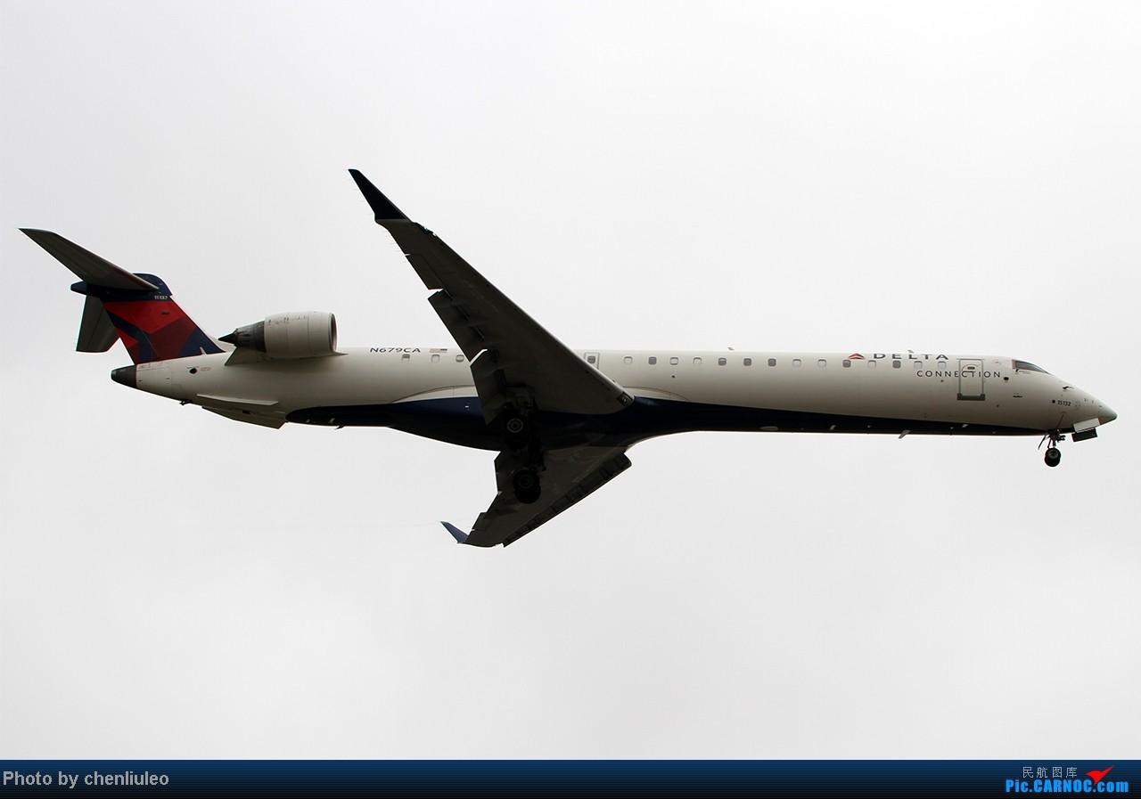 Re:[原创]【杭州飞友会】LAX拍机。阴天。傍晚。逆光。亮点不多。 BOMBARDIER (CANADAIR) CRJ-900 N679CA 美国洛杉矶机场