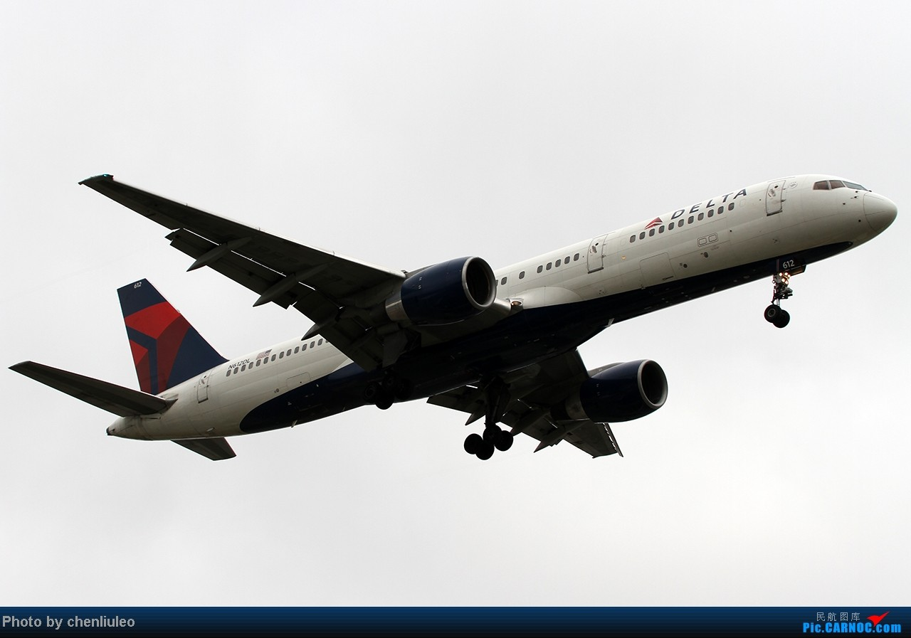 Re:[原创]【杭州飞友会】LAX拍机。阴天。傍晚。逆光。亮点不多。 BOEING 757-212 N612DL 美国洛杉矶机场