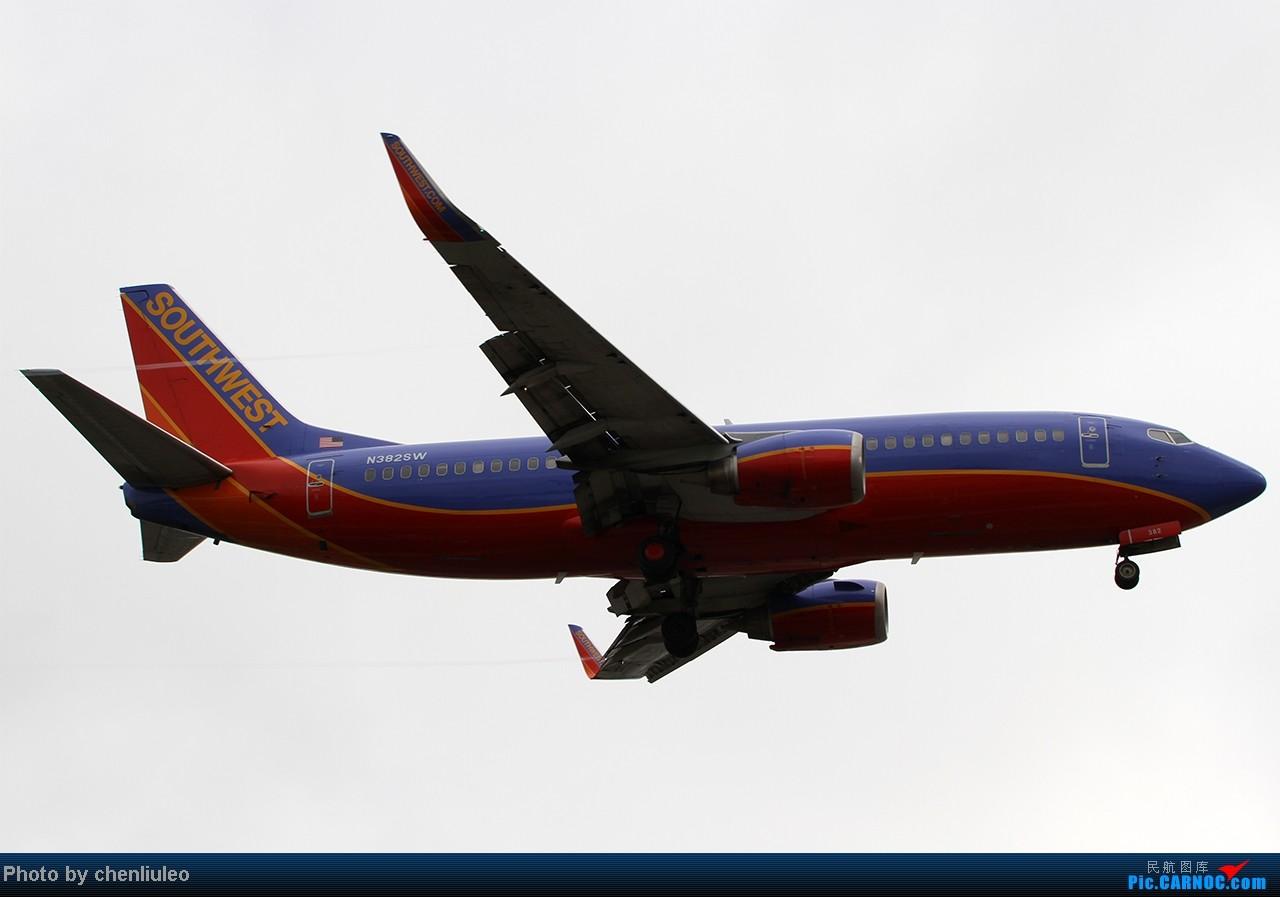 Re:[原创]【杭州飞友会】LAX拍机。阴天。傍晚。逆光。亮点不多。 BOEING 737-3H4 N382SW 美国洛杉矶机场
