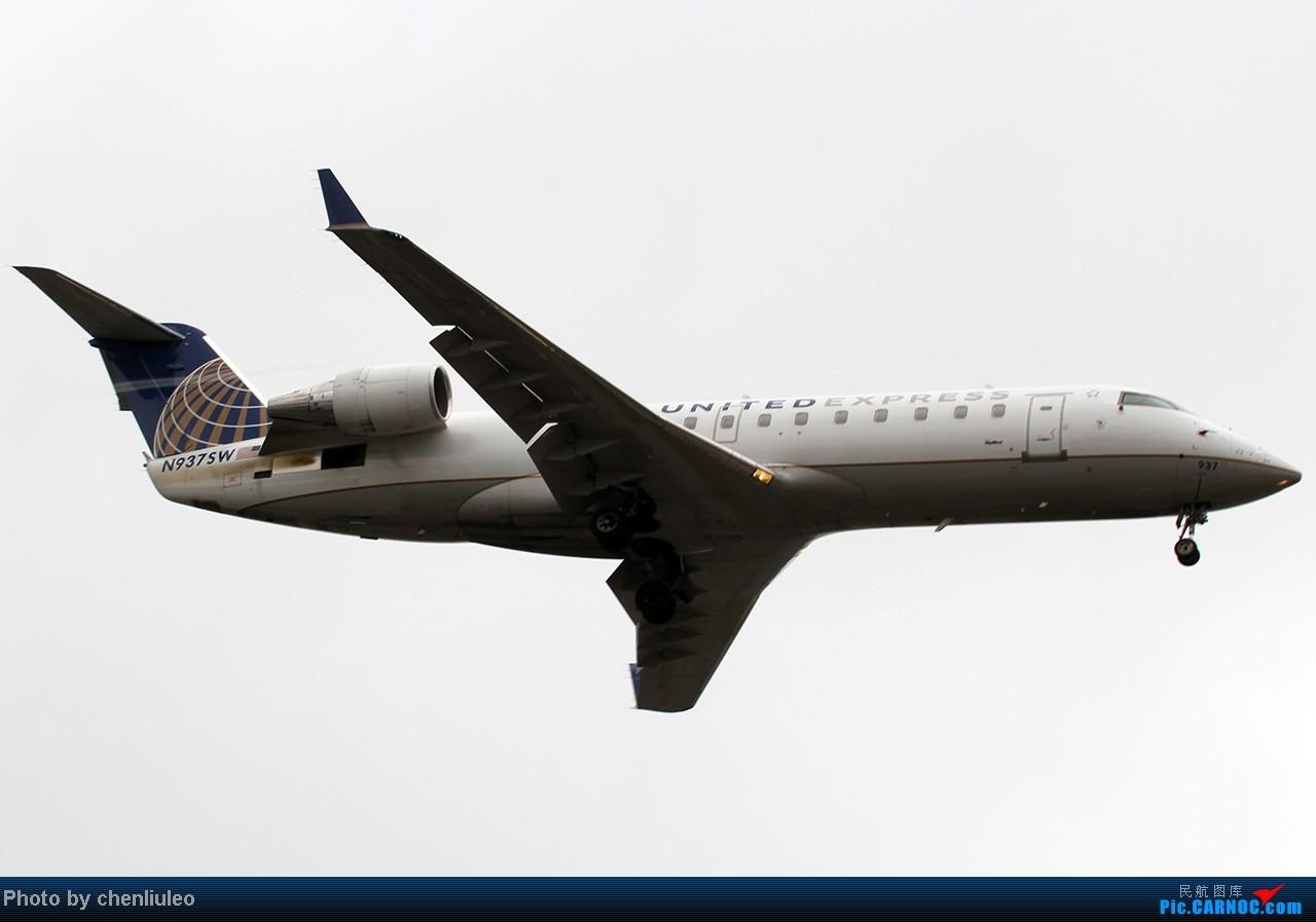 Re:[原创]【杭州飞友会】LAX拍机。阴天。傍晚。逆光。亮点不多。 BOMBARDIER (CANADAIR) CRJ-200ER N937SW 美国洛杉矶机场