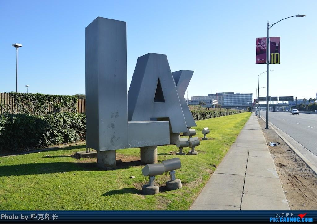 [原创][飞吧飞吧飞] 年末LAX拍机 一堆一堆的小风扇区域航班 有时候禁不住就要卖弄文艺 拍累了咱就找点吃的 新年快乐 更新完毕 NO.006    美国洛杉矶机场