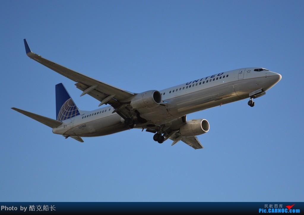 Re:[原创][飞吧飞吧飞] 年末LAX拍机 一堆一堆的小风扇区域航班 有时候禁不住就要卖弄文艺 拍累了咱就找点吃的 新年快乐 NO.006 BOEING 737-900 N37462 LAX