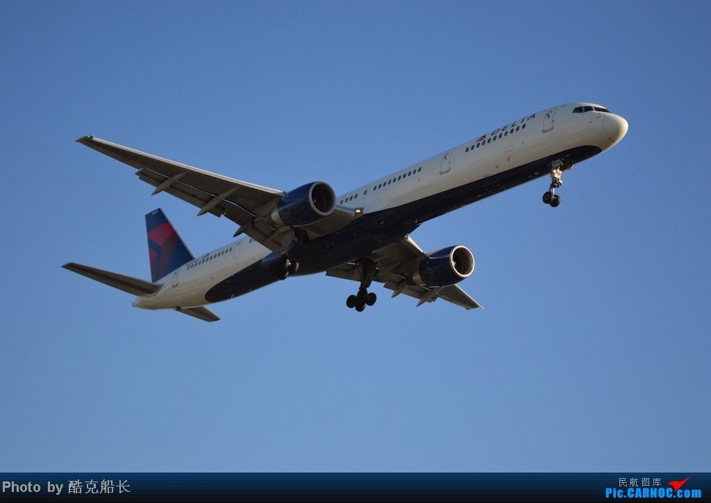Re:[原创][飞吧飞吧飞] 年末LAX拍机 一堆一堆的小风扇区域航班 有时候禁不住就要卖弄文艺 拍累了咱就找点吃的 新年快乐 NO.006 BOEING 757-300 N589NW LAX