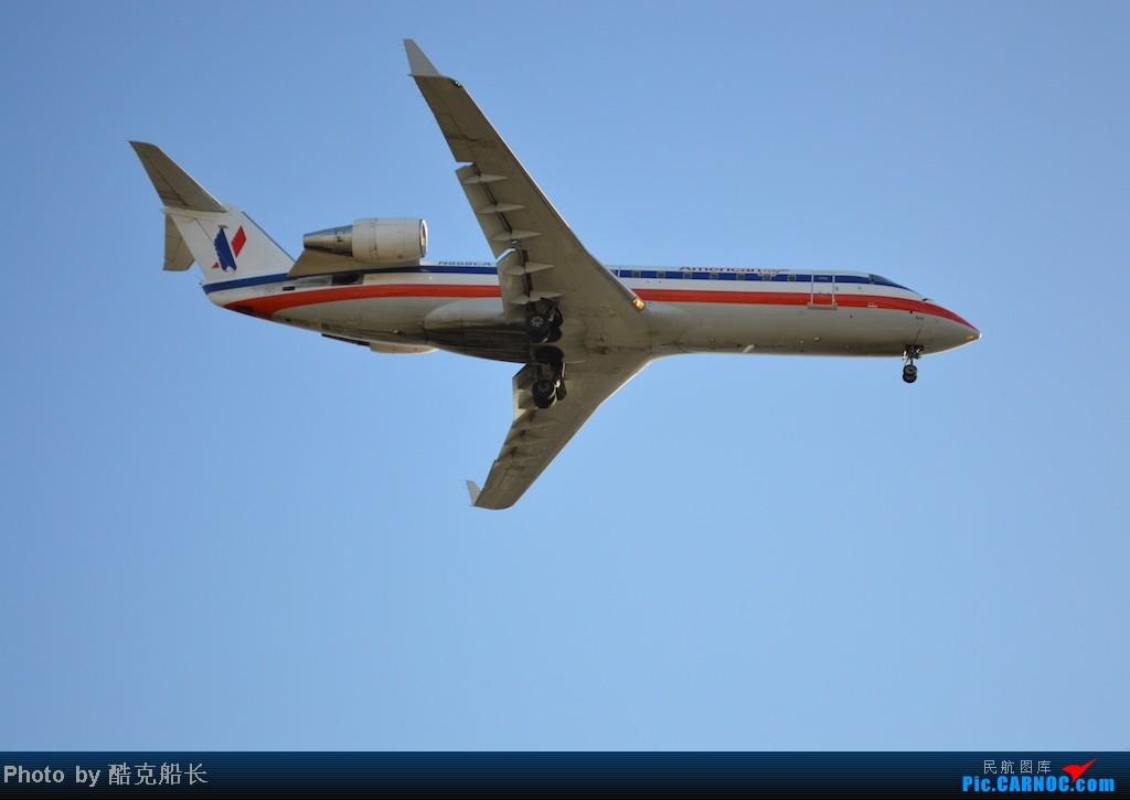 Re:[原创][飞吧飞吧飞] 年末LAX拍机 一堆一堆的小风扇区域航班 有时候禁不住就要卖弄文艺 拍累了咱就找点吃的 新年快乐 NO.006 CANADAIR CRJ-100 N868CA LAX
