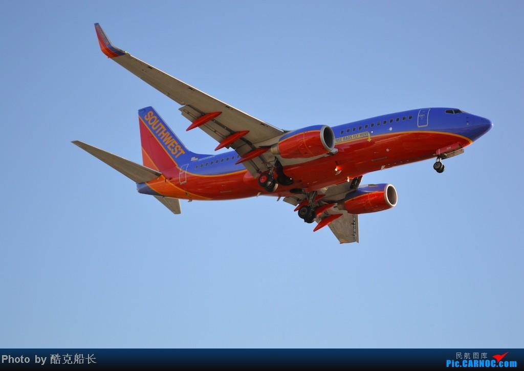 Re:[原创][飞吧飞吧飞] 年末LAX拍机 一堆一堆的小风扇区域航班 有时候禁不住就要卖弄文艺 拍累了咱就找点吃的 新年快乐 NO.006 BOEING 737-700 N228WN LAX