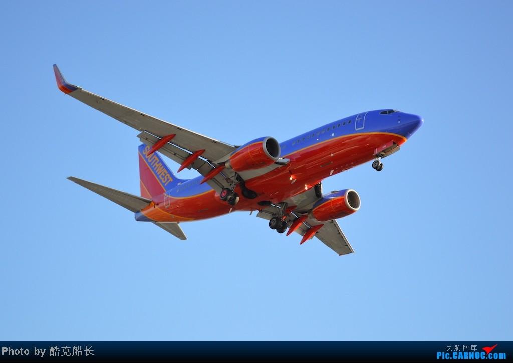 Re:[原创][飞吧飞吧飞] 年末LAX拍机 一堆一堆的小风扇区域航班 有时候禁不住就要卖弄文艺 拍累了咱就找点吃的 新年快乐 NO.006 BOEING 737-700 N440LV LAX