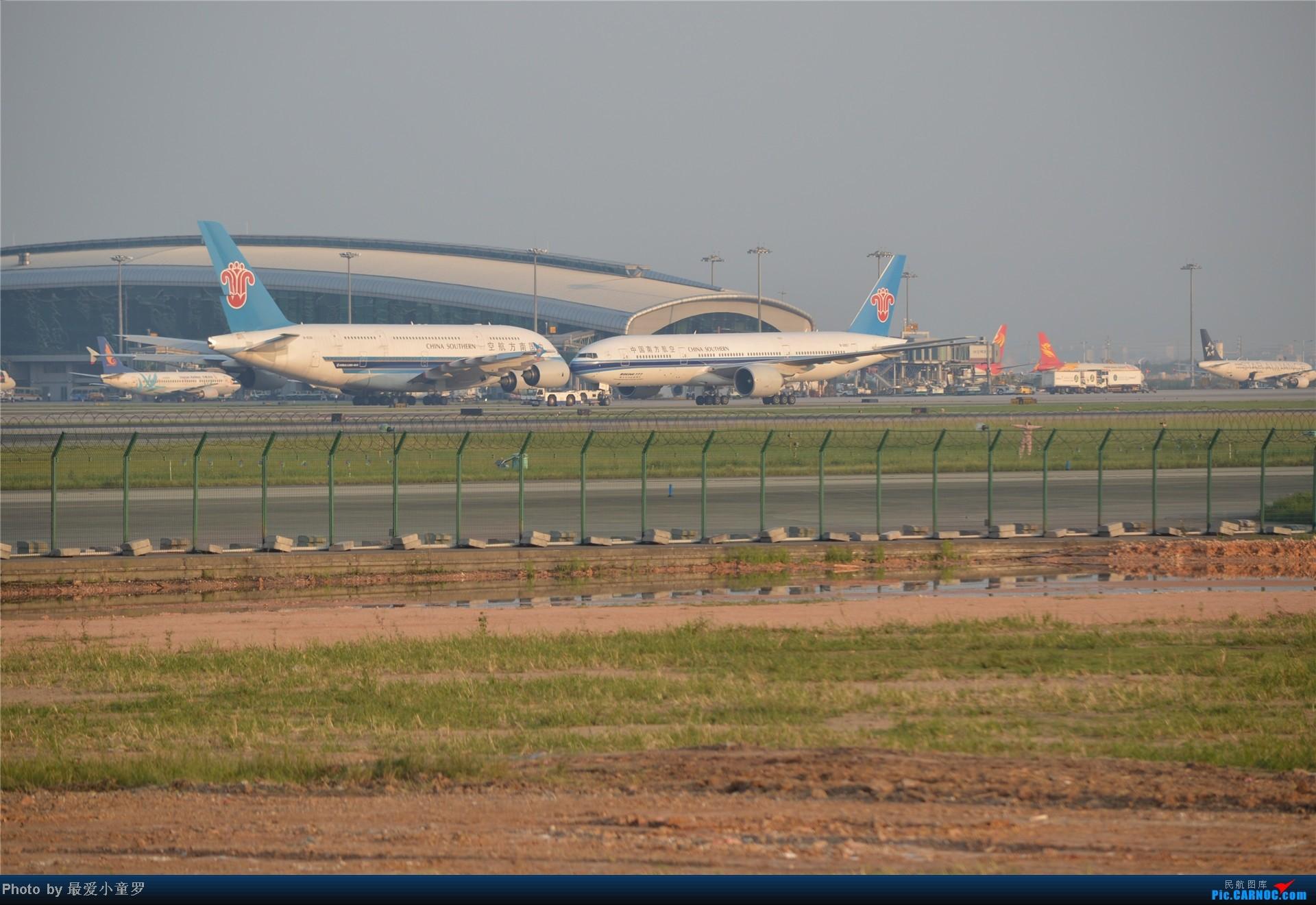 Re:[原创]炒冷饭贴之13年10月2日CAN拍机杂图系列 UNKOWN  中国广州白云机场