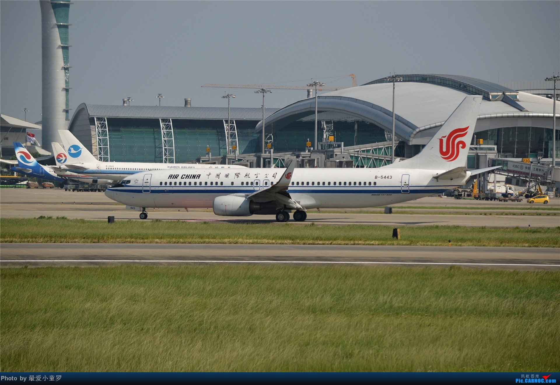Re:[原创]炒冷饭贴之13年10月2日CAN拍机杂图系列 BOEING 737-800 B-5443 中国广州白云机场
