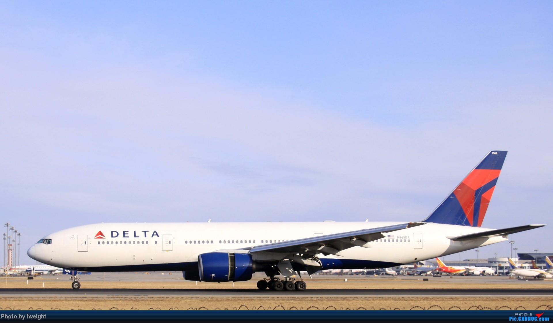 Re:[原创]今天下午瞎拍两个小时的杂图 BOEING 777-200 N865DA 中国北京首都机场