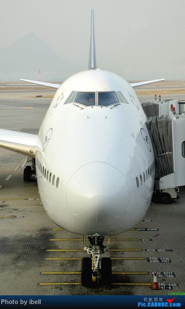 Re:[原创]【牙刷游记之七】SIN-HKG-CTU,国泰+港龙带我回国与家人共度2014马年春节!(有奖猜飞机,祝飞友们马到功成!) BOEING 747-830 D-ABYI HKG