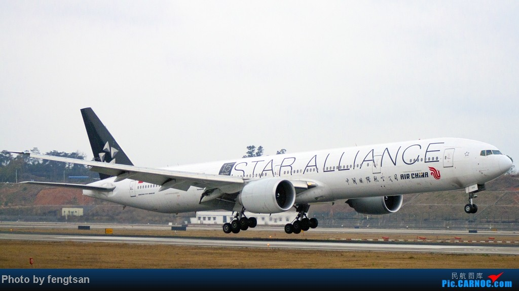 [原创]【CCFA成都空港缘分】大年十五发正月初七的CTU,只有大家伙 BOEING 777-300ER B-2032 中国成都双流机场