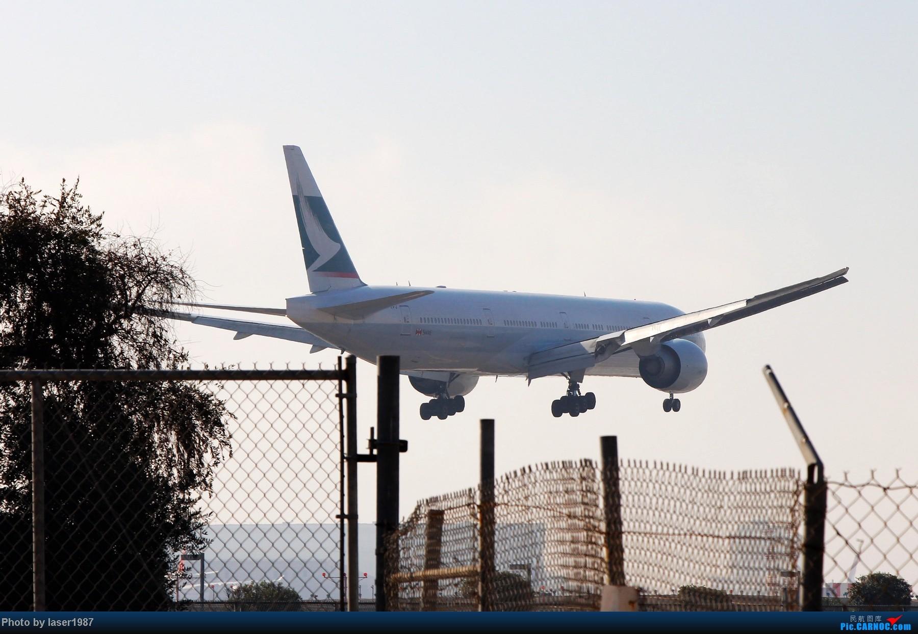 Re:[原创]2011.12.25 LAX 24R跑道东侧停车场拍飞机 BOEING 777  LAX