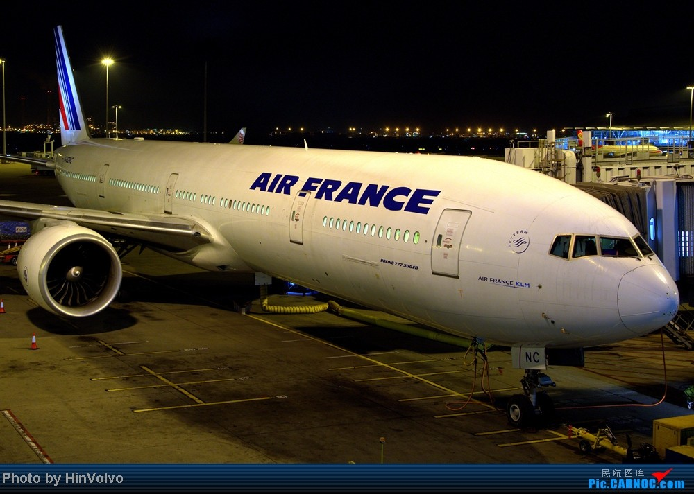 Re:[原创]第一次做發行報告。。 HX 236 HKG-PVG BOEING 777-300ER F-GZNC 中国香港赤鱲角机场