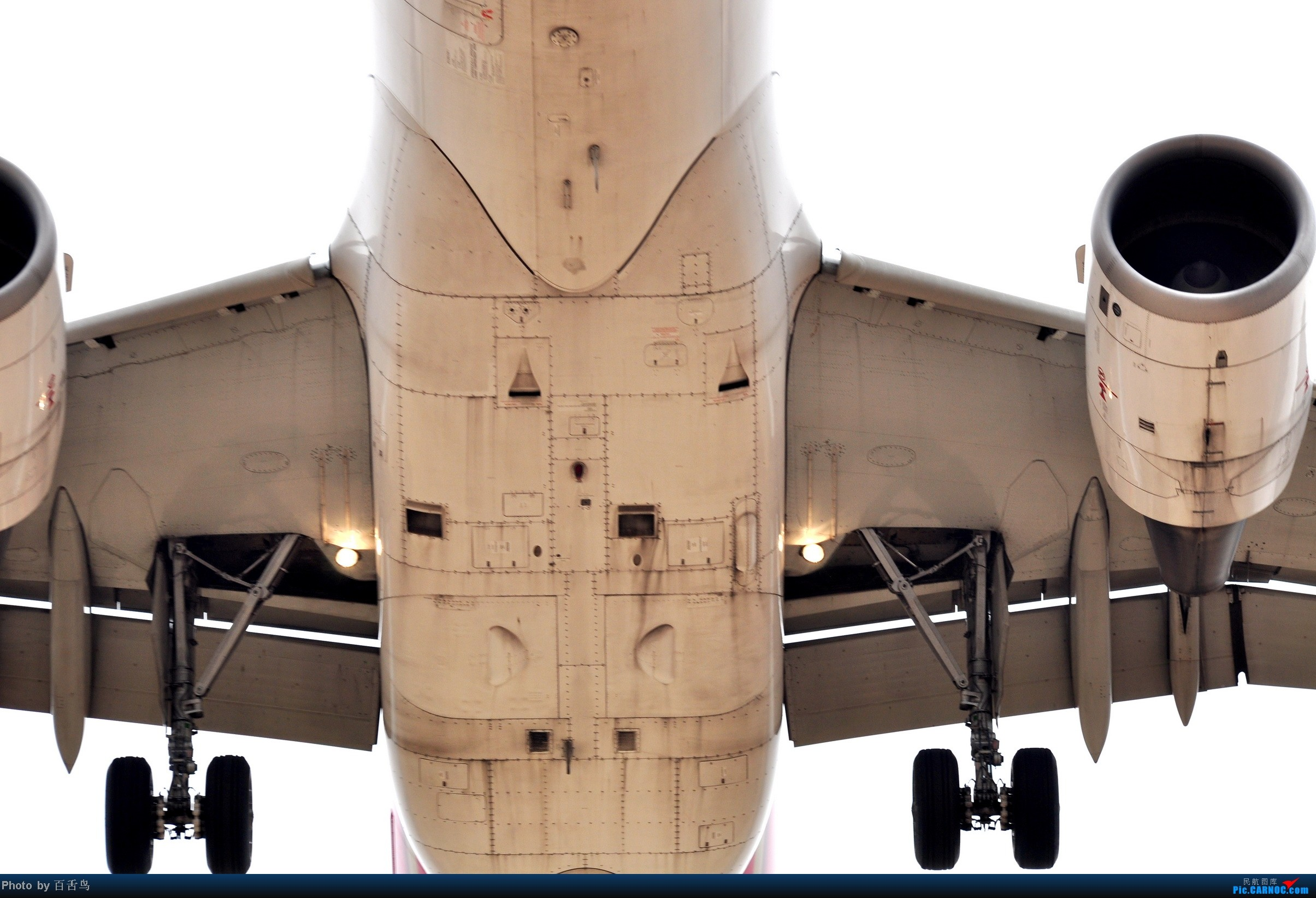 Re:[原创]【白云拍机】追南航773未果,东跑随手拍 AIRBUS A320  中国广州白云机场