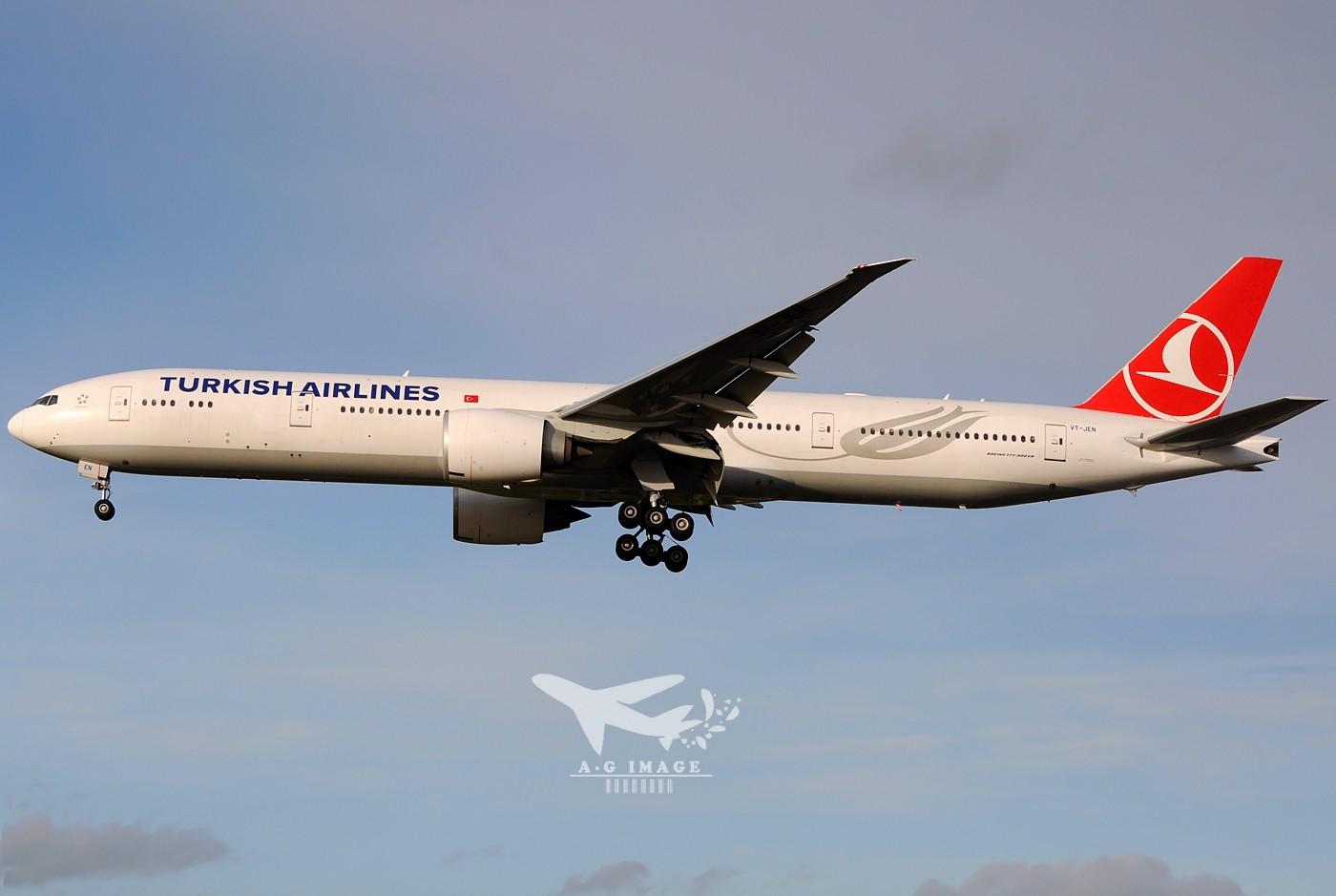 Re:[原创]【七彩天空】--八张来自LHR的77w大图,看到血脉喷张! BOEING 777-300 VT-JEN 英国伦敦希思罗机场