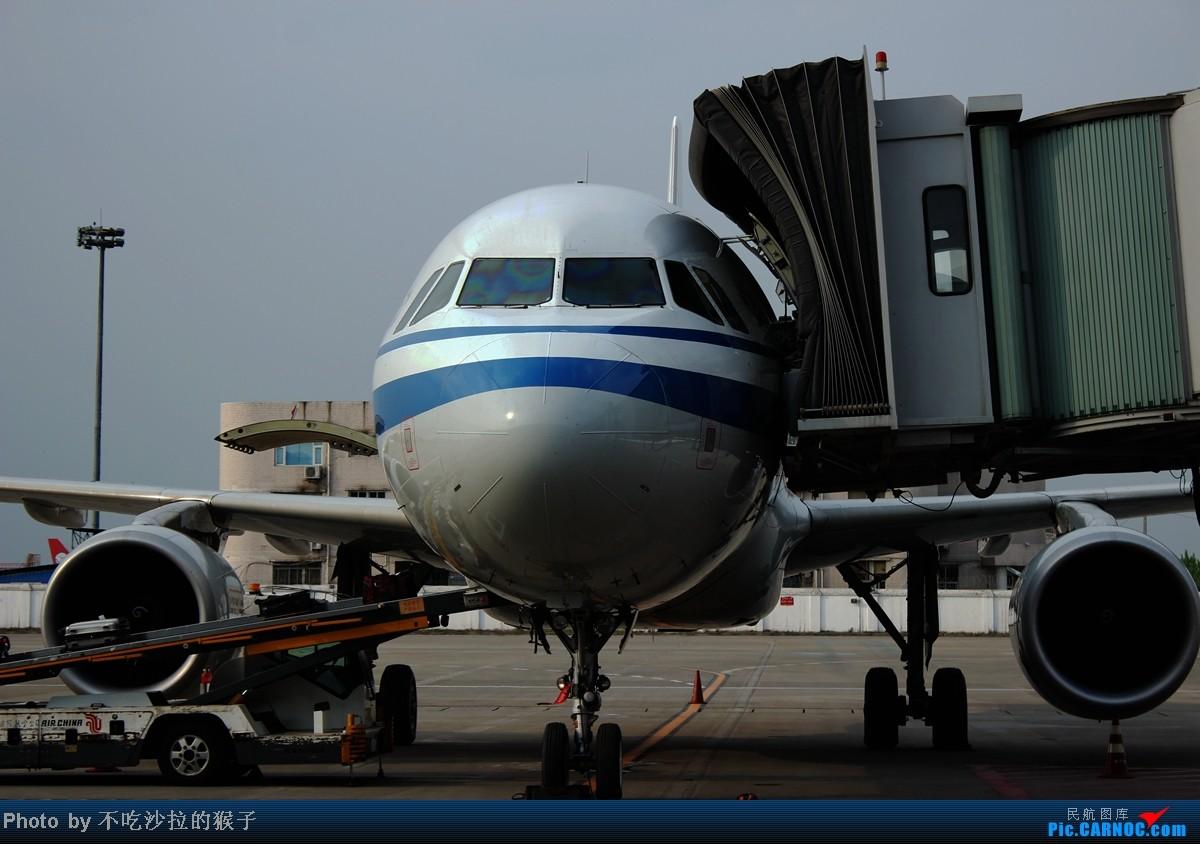 Re:【海南飞友会】【猴子出品】HAK-CKG-CTU-TNA.论文前的小小放松旅行.感受蜀国风情. AIRBUS A320-200 B-6847 中国成都双流机场