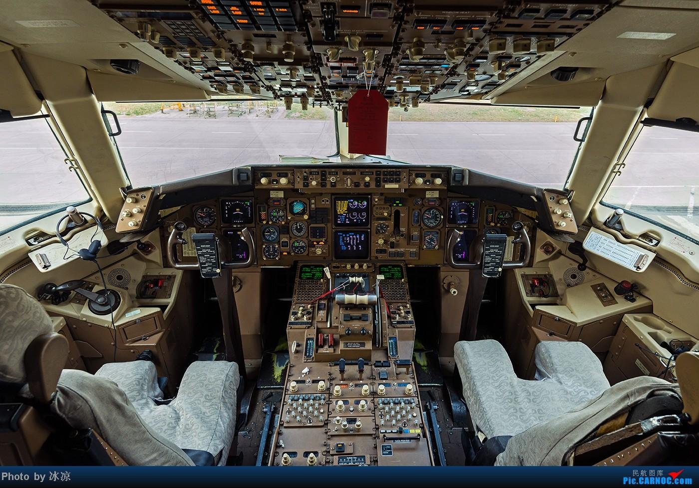 [原创]B-2499驾驶舱HD图 BOEING 767-300 B-2499 中国北京首都机场