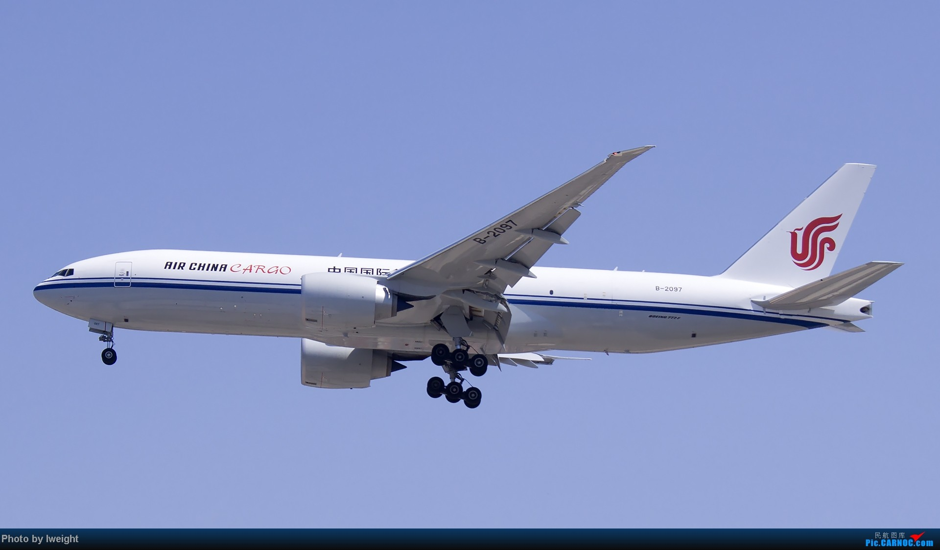 Re:[原创]北京难得的好天气,收获多种机型和彩绘,遗憾的是再次错过卡航巴塞罗那彩绘 BOEING 777-200 B-2097 中国北京首都机场
