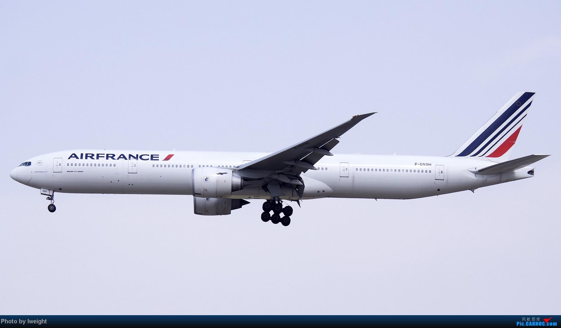 Re:[原创]5月3日首都机场风云变幻的下午 BOEING 777-300 F-GSQH 中国北京首都机场