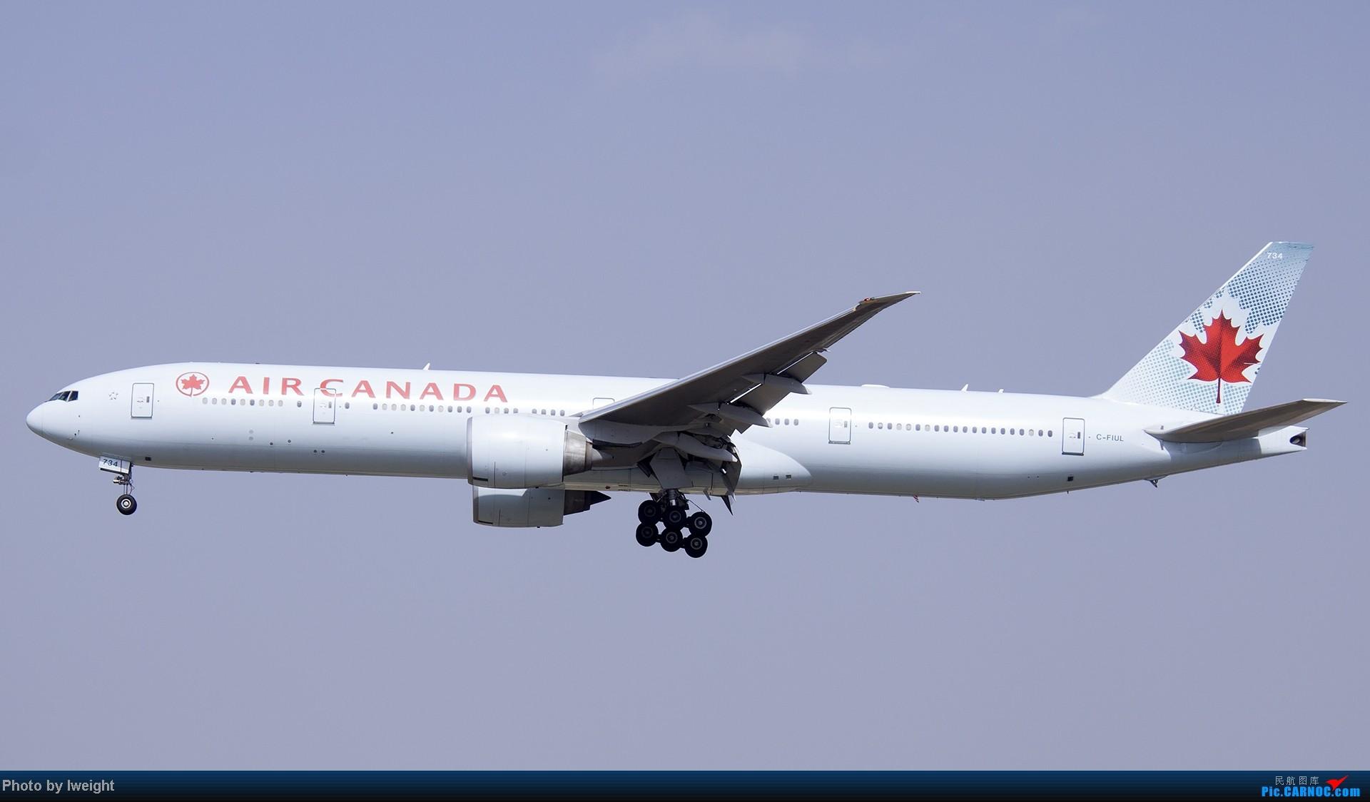 Re:[原创]5月3日首都机场风云变幻的下午 BOEING 777-300 C-FIUL 中国北京首都机场