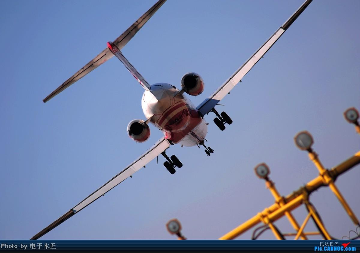 Re:躺草地晒太阳的随拍~~~ MCDONNELL DOUGLAS MD-80-82 B-28037 中国天津滨海机场