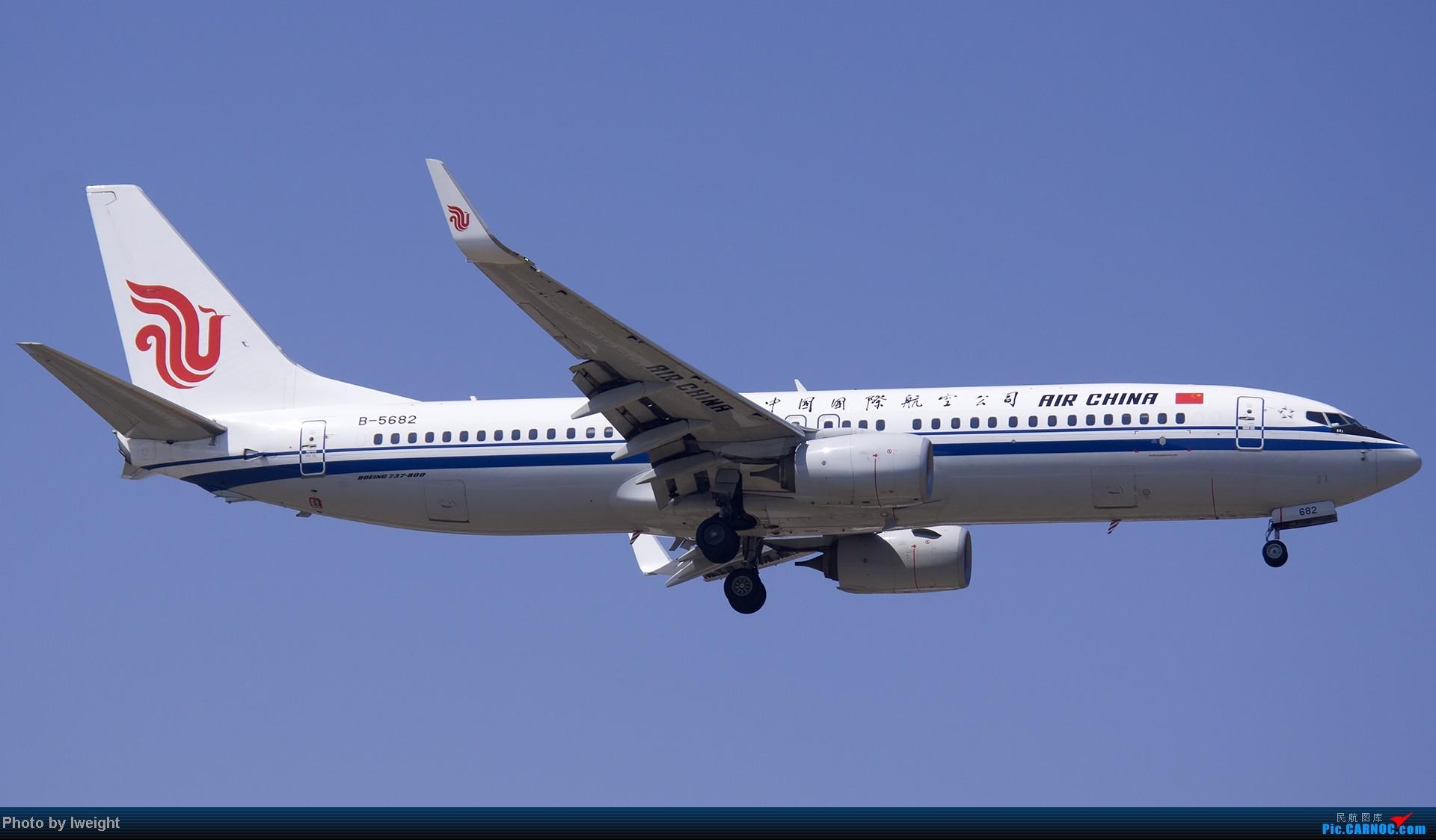 Re:[原创]5月12日PEK好天从01→19→18R BOEING 737-800 B-5682 中国北京首都机场