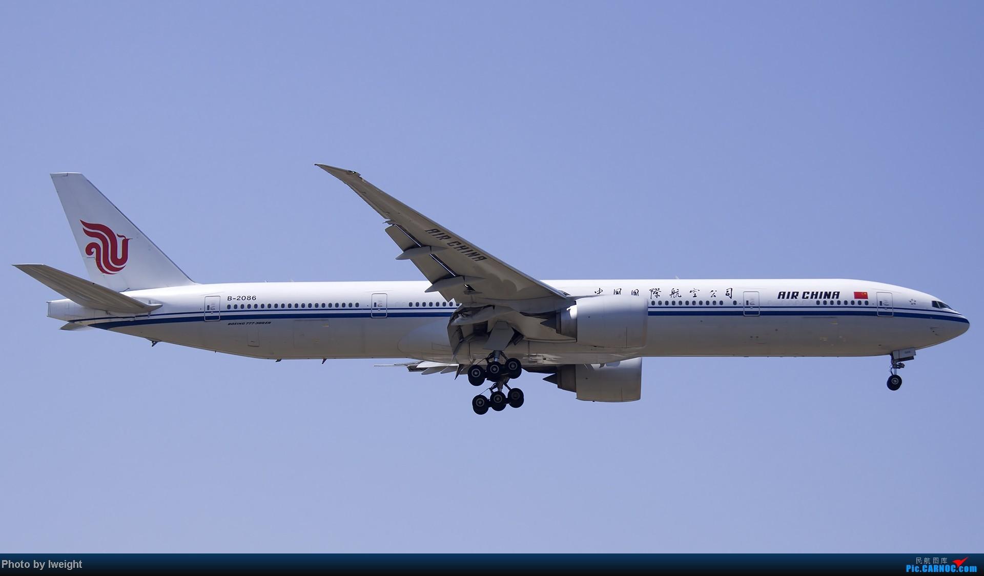 Re:[原创]5月12日PEK好天从01→19→18R BOEING 777-300 B-2086 中国北京首都机场