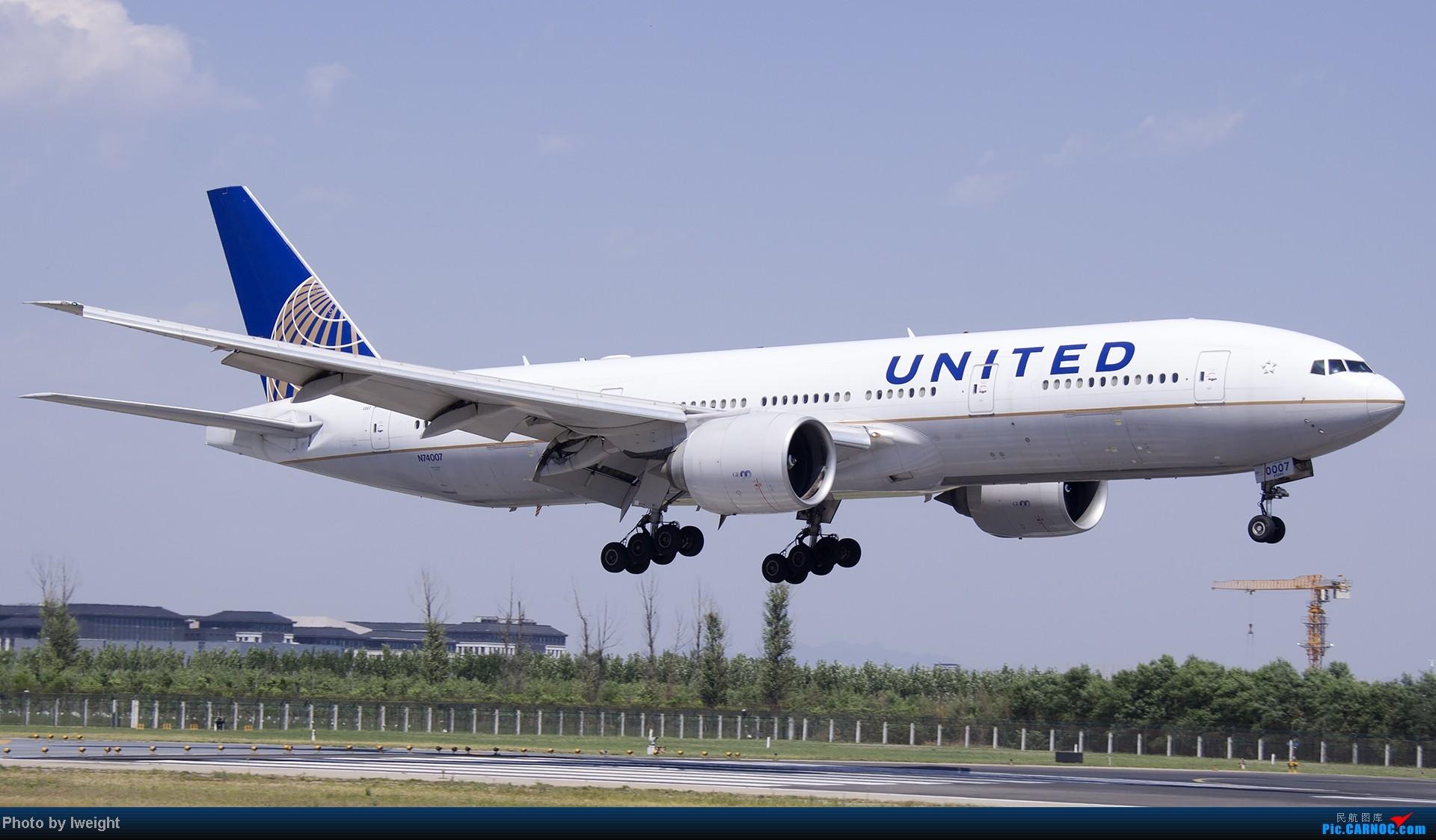 Re:[原创]5月12日PEK好天从01→19→18R BOEING 777-200 N74007 中国北京首都机场