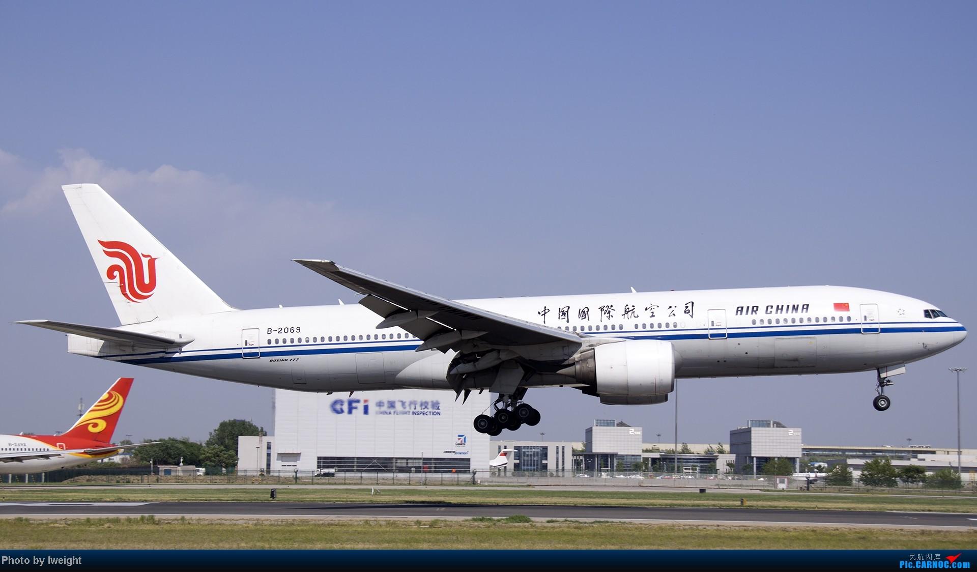 Re:[原创]5月12日PEK好天从01→19→18R BOEING 777-200 B-2069 中国北京首都机场