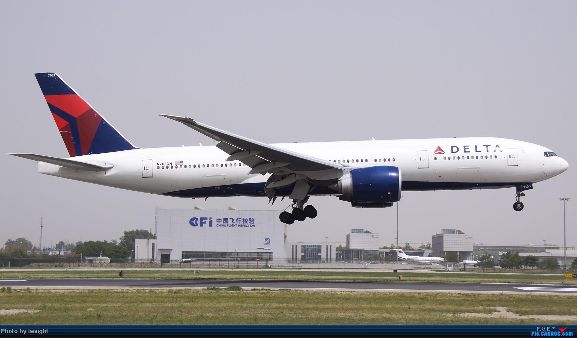 Re:[原创]霾天首都机场随拍 BOEING 777-200LR N705DN 中国北京首都机场