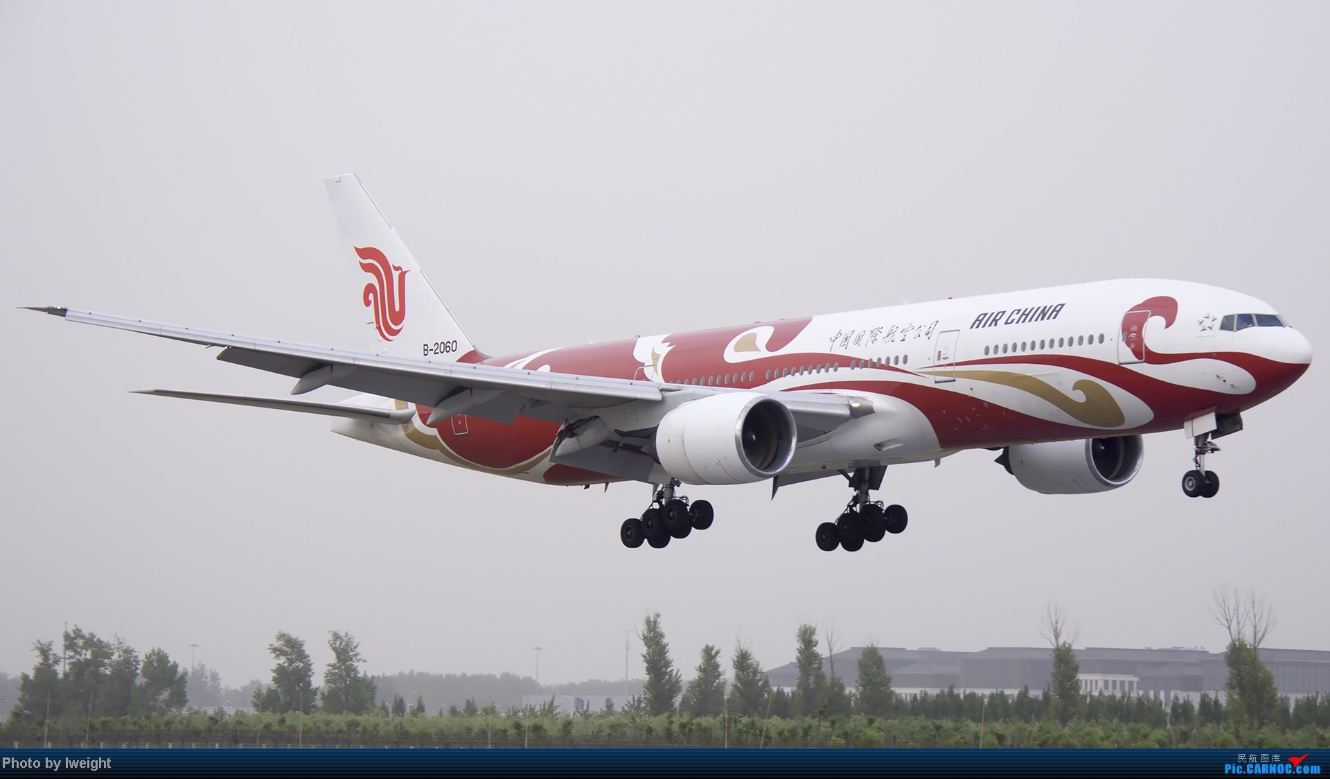 Re:[原创]霾天首都机场随拍 BOEING 777-200 B-2060 中国北京首都机场